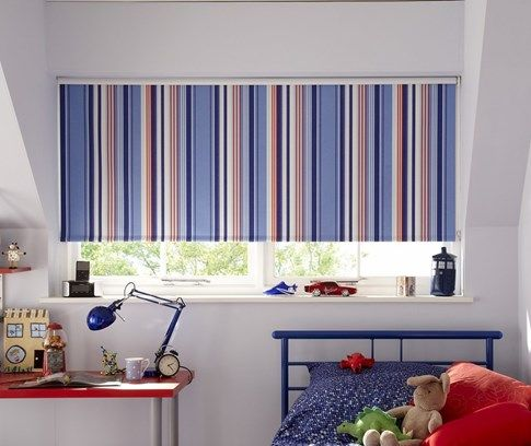 blue blinds in kids bedroom