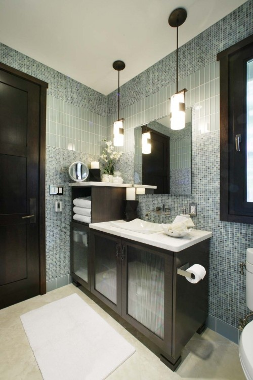 great usage of glass tile