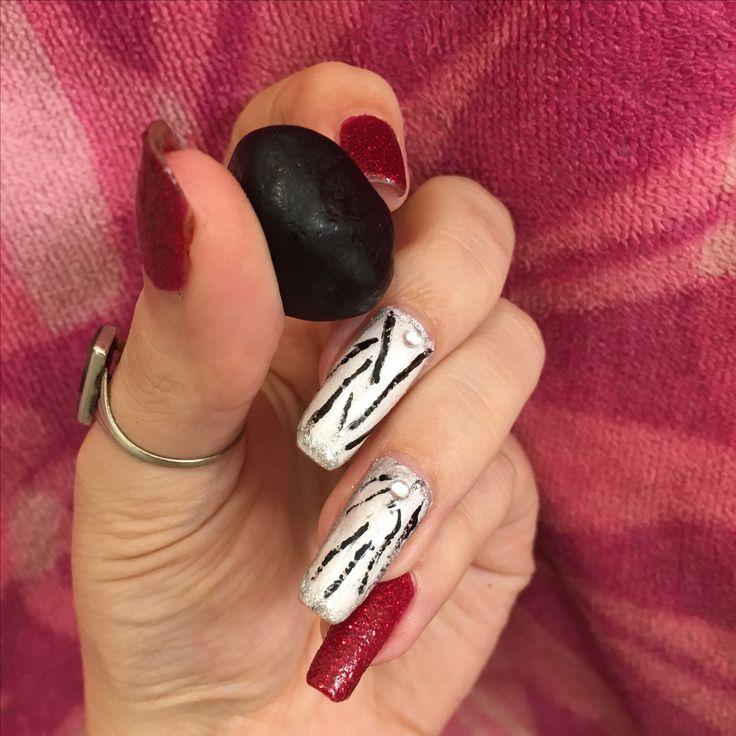 Stone looking nails by MaxAnaxx