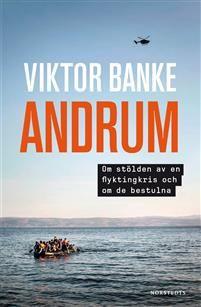 Sedan 2015 har flyktingfrågan kommit att överskugga alla andra frågor och genomsyrar alla samhällsdiskussioner. Asylrättsjuristen Viktor Banke har kommit att bli en av de allra viktigaste rösterna i flyktingdebatten.Med stort engagemang berättar han iAndrumom människorna det handlar om, om deras många gånger långa och farofyllda väg till Sverige, om familjer, unga män och små barn, om deras möten med myndigheter och om hur det kan vara i ett utredningsrum hos Migrationsverket.Hans bok…