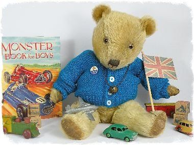 <B>ANTIQUE & VINTAGE TEDDY BEARS 1</B>. chilttoys1