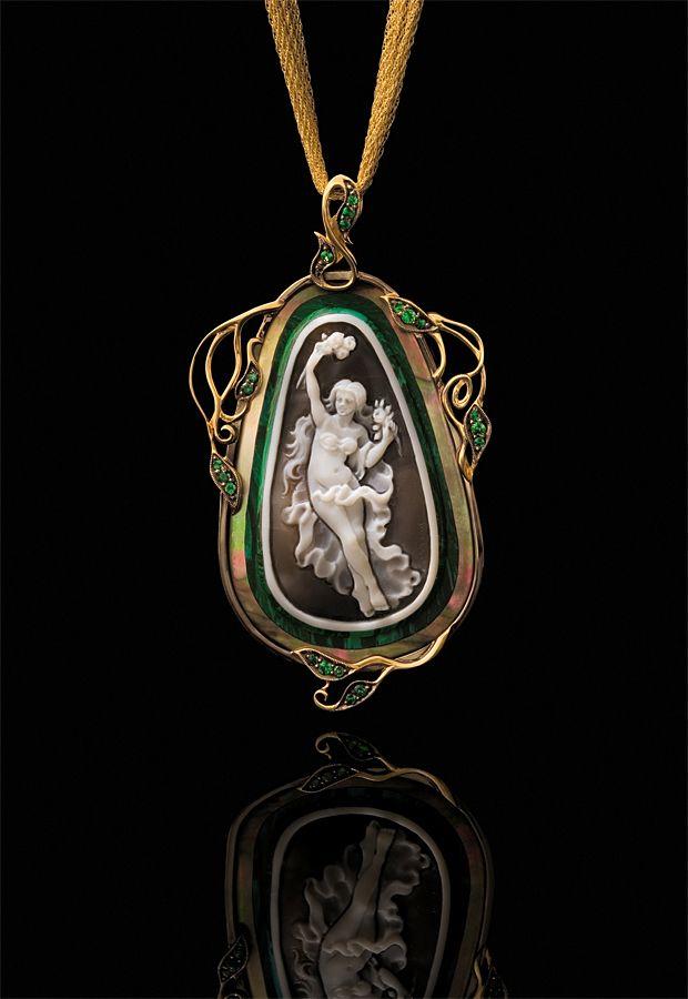Diamond Jewelry. Ювелирные украшения с драгоценными камнями. Jewellery Photography.