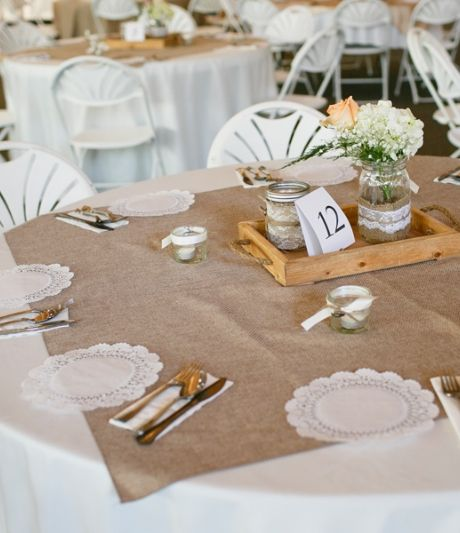 Squares of burlap as overlay for round tables. | Tara Liebeck Photography Chesapeake Virginia