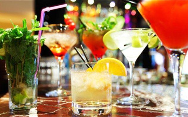 Tα υγιεινά αλκοολούχα ποτά γι' αυτό το καλοκαίρι