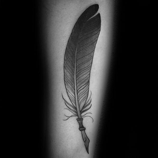 50 Federkiel Tattoo Designs Fur Manner Feather Pen Ink Ideen Mann Stil Tattoo Quill Tattoo Pen Tattoo Quill Pen Tattoo