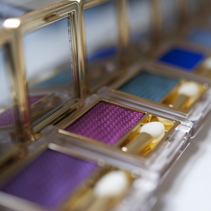 Estée Lauder Pure Color Gelée EyeShadow. So cool!! These are amazing!