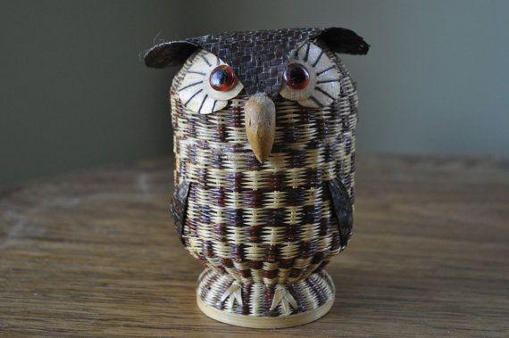 Wicker Owl basket. Hand woven trinket box or storage basket in beautiful finish.