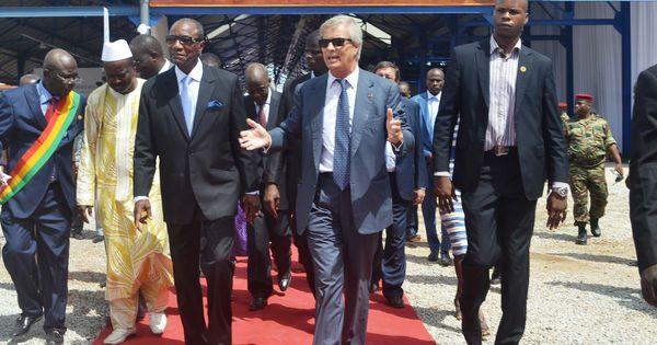 Cinq ans après, une enquête française se penche sur l'attribution du terminal à conteneurs de la capitale guinéenne. La bonne étoile du groupe Bolloré en Afrique va-t-elle pâlir?