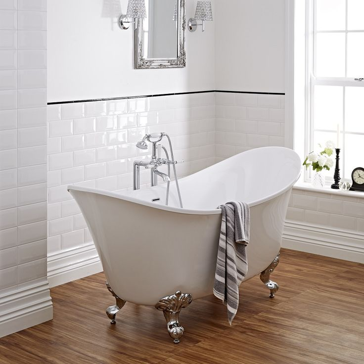 We share 10 ways to create a hotel-style bathroom over on the Life with Munchers blog.