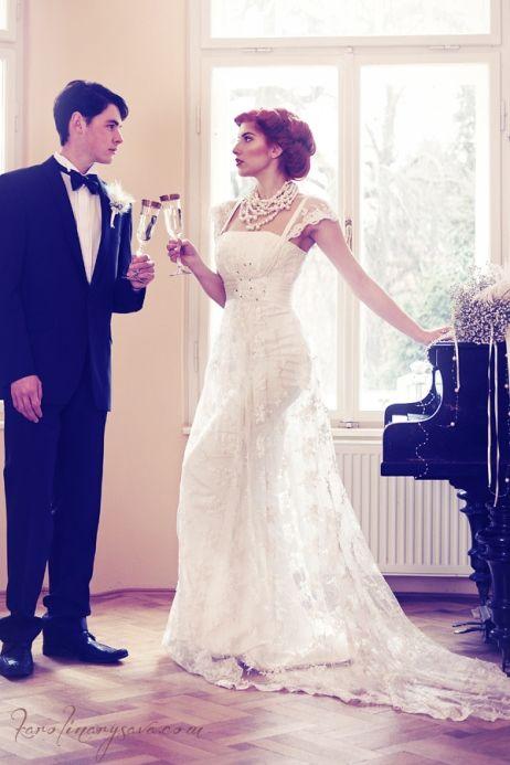 wedding, bride, groom, piano, vintage, belle epoque, czech republic
