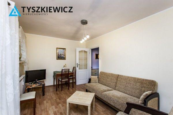 Piękne mieszkanie położone w miejscu, z którego szybko i łatwo dotrzeć można do pobliskiego lasu, morza czy centrum Sopotu. W niedalekiej odległości znajdziemy sklepy osiedlowe. Miejsce bardzo dobrze skomunikowane z całym Trójmiastem.  Całość to trzy niezależne pokoje, osobna kuchnia z oknem i łazienka. Kilka lat temu mieszkanie przeszło kompleksowy remont.  #sopot #rezydencja #architecture #oferta CHCESZ WIEDZIEĆ WIĘCEJ? KLIKNIJ W ZDJĘCIE!