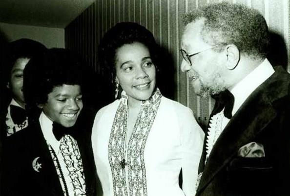 Michael Jackson with Coretta Scott King and comedian Red Fox