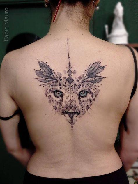 Croquis style travail tatouage haut du dos d'un guépard. Artista Tatuador: Fabio Mauro   – Rad Ink