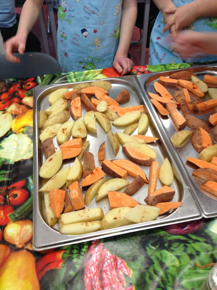 Smokey mixed potato wedges with paprika about to be put in the oven by pupils at Takeley Primary!