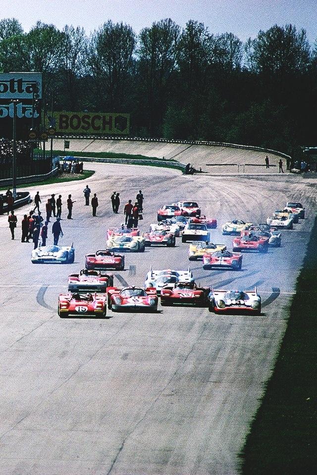 '71 Monza 1000 (practice photo) , No.3 Martini 917, DNF>throttle .. No.15 Ferrari 312PB , DNF>accident .. No. 8 Ferrari 512 , DNF>engine .. No. 19 Alfa T33/3 DNS>accident .