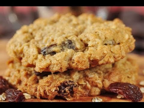 A recipe for yummy oatmeal cookies that are both tasty and healthy!