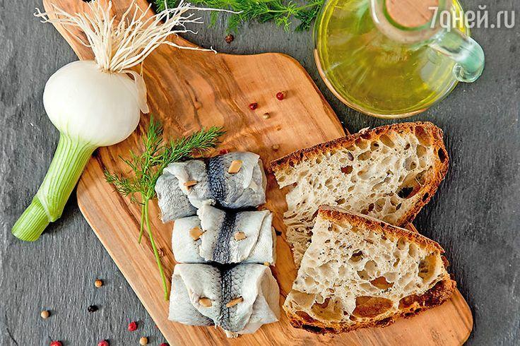 Салат «Морская царевна» и рыбные закуски: 3 рецепта блюд с сельдью
