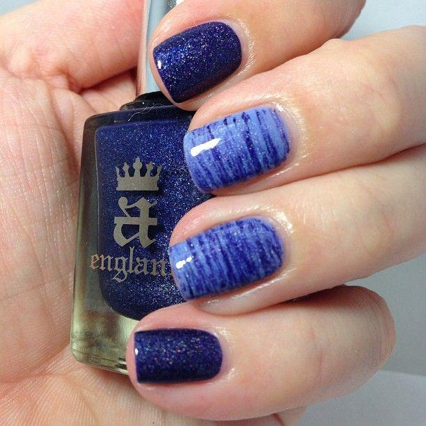 holo blue & fan brush stripes - nail design