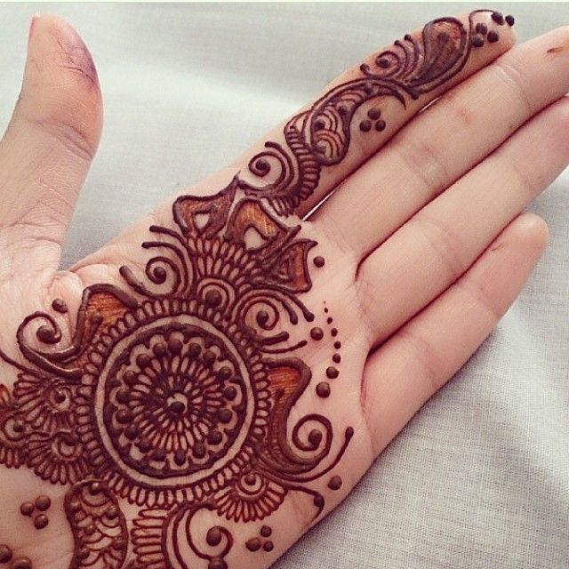 """347 Likes, 7 Comments - Ubercode: hennainspire (@hennainspire) on Instagram: """"@lali_creations"""""""