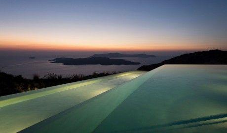 Erosantorini Infinity Pool on Santorini