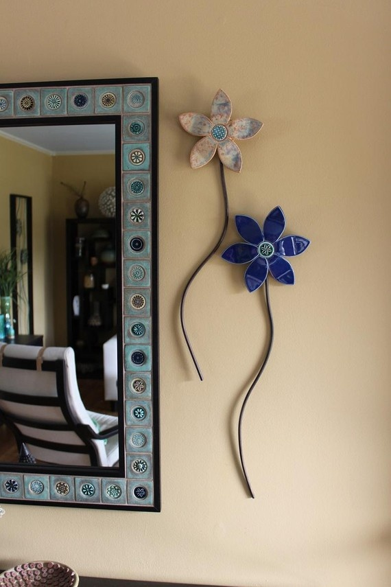 Wall flowers: Mirror Tile