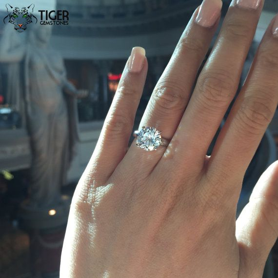 Best 20 Solitaire Rings Ideas On Pinterest Round