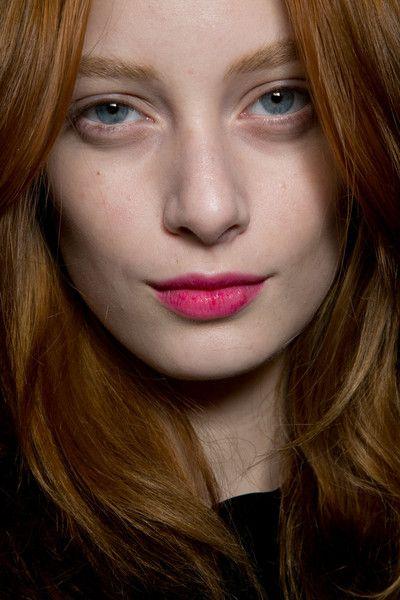 Jasper Conran Bks Bis Fall 2014. http://votetrends.com/polls/369/share #makeup…