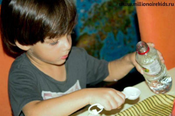 #эксперименты_для_детей #дети #занятия_с_детьми Эксперименты с водой для дошкольников - это возможность в игровой форме дать серьезную информацию. Вода камень точит, как? Увидеть подводный вулкан.