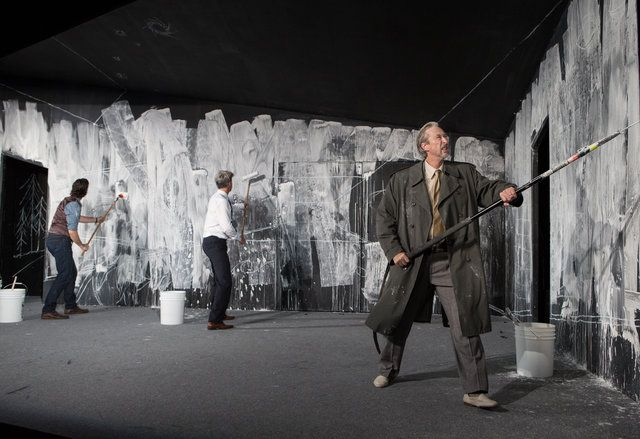 Schaubühne Berlin : An Enemy of the People / JAN PAPPELBAUM (s), NINA WETZEL (cos), (Thomas Ostermeier)