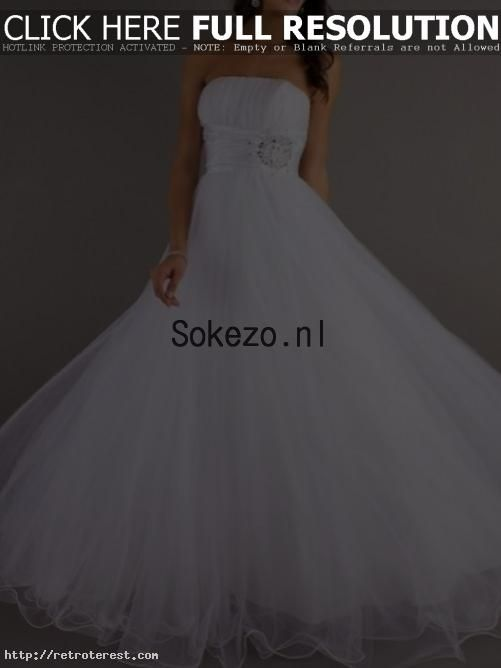 astonishing A-Lijn/Prinses Ruches Strapless Mouwloos Organza Vloer-lengte Galajurken - Sokezo.NL by Floras in Retroterest. Read more: http://retroterest.com/pin/a-lijnprinses-ruches-strapless-mouwloos-organza-vloer-lengte-galajurken-sokezo-nl/