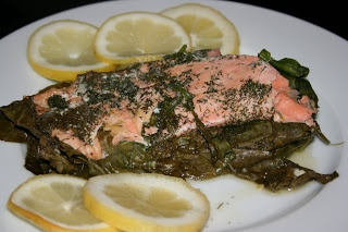 Slow Cooking: CrockPot Lemon and Dill Salmon with Spinachh The salmon ...
