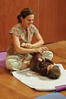 Prenatal & Postpartum Yoga tips.