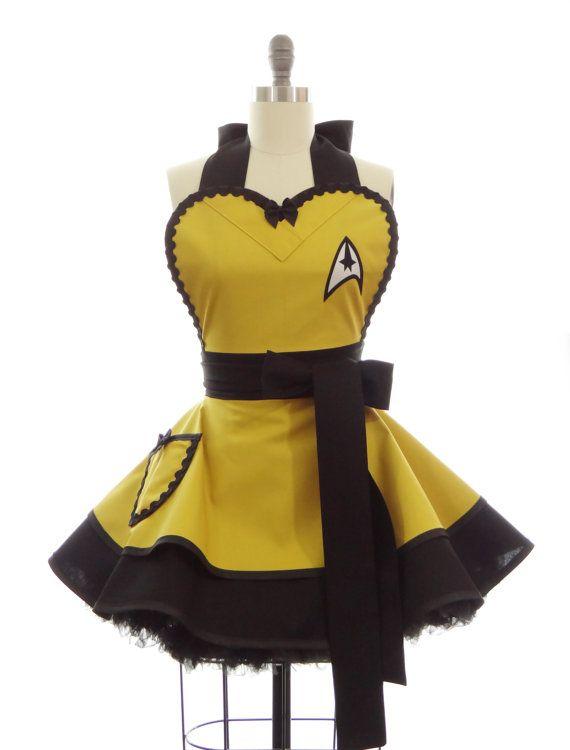 Retro Apron - Command Captain Kirk Trekkie Spock Womans Aprons - Vintage Apron Style - Pin up Trekkie Rockabilly Cosplay