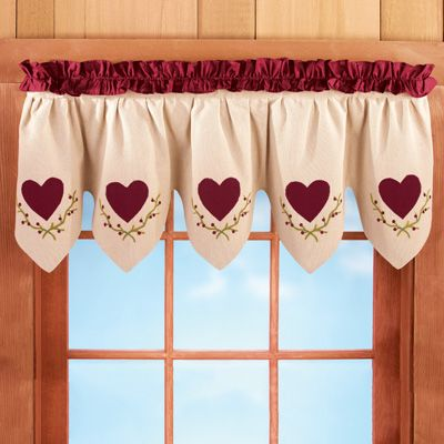 Scalloped Country Heart Window Valance