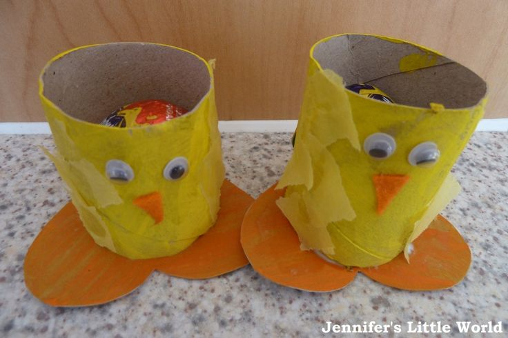 Easter chick egg holders from toilet roll tubes - Crafts for Kids!