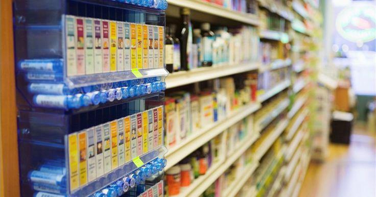 Como montar um expositor de supermercado com produtos de vidro. Um expositor final é um velho aliado do ramo de supermercados. Ele oferece aos seus clientes uma grande quantidade de um produto e chama a atenção para o mesmo a fim de facilitar a sua venda (por exemplo, se o produto estiver em promoção). Os expositores finais são eficientes e convenientes para os clientes. Os sinais de destaque também ajudam a ...