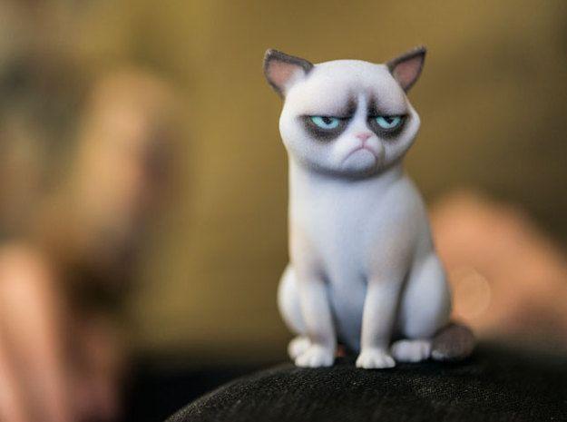 Grumpy Cat Von Manuelpoehlau Auf Shapeways Murrische Katze 3d Gedruckte Figuren Meme Auf Cat Funnystuff Grumpy Gr In 2020 Murrische Katze Meme Comics Katzen