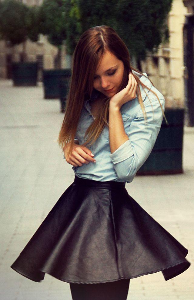 Az ősz elengedhetetlen darabja, a bőrszoknya – Outfit Nikitől #fashionfave #leather #favestyle #skirt