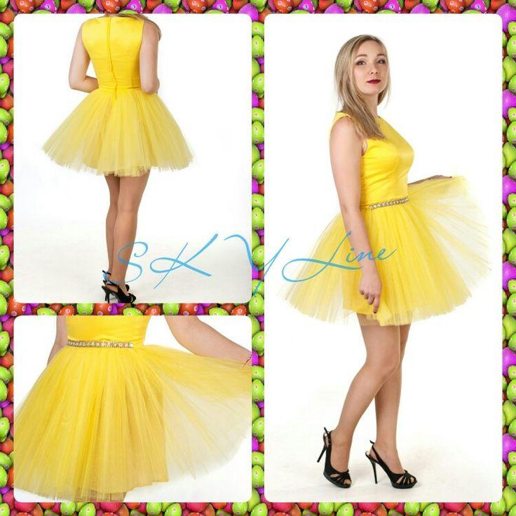 Веселое и дерзкое одновременно. Коктейльное платье с пышной фатиновой юбкой. Сзади потайная молния, закрытая планкой. Длина платья -85 см. Размер:40-50 Материал: прокатный атлас, фатин, хлопок. Цвет: желтый, черный, трава, черничный, розовый, фуксия, красный, сирень. Срок исполнения заказа 5ть дней. Есть опт #ателье#бренд#skyline#пошив#платье#платьекоктейльное#платьекупить#приятныецены#ательеskyхарьков