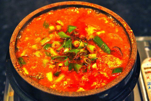 순두부 찌개 - Soondubu Jjigae; Korean spicy silk tofu soup - great on a cold day!
