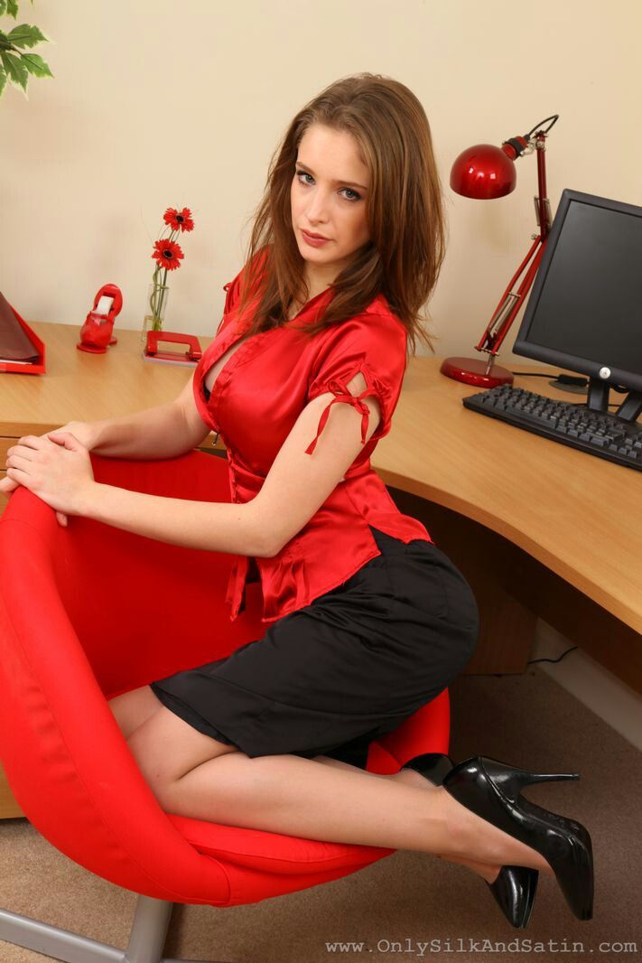 Emily Shaw | Red formal dress, Fashion, Formal dresses