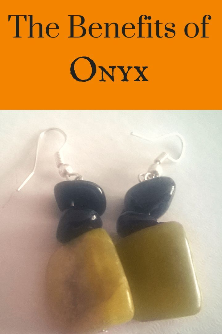 The Benefits Of Onyx With Images Crystals And Gemstones Stones And Crystals Gemstone Healing