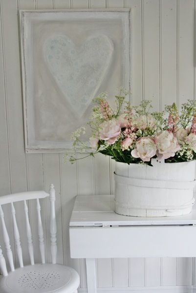 Sweet heart & rosesDecor, Pink Flower, Ideas For, Cottages Style, Shabby Kitchens, Shabby Chic, Heart Art, White, Painting Flower