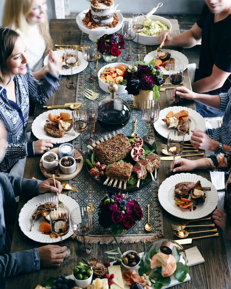 Seasoned hostess What's Gaby Cooking is sharing her must-make recipes, décor ideas, ice-breaker activities and much more for the best fall feast with your favorite people, now on the #AnthroBlog #Anthropologie