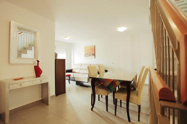 Alquiler de piso en Conil para 6 / 7 personas. | Alquileres baratos en Conil de la Frontera para el verano, ofertas de fin de semana y last minute.