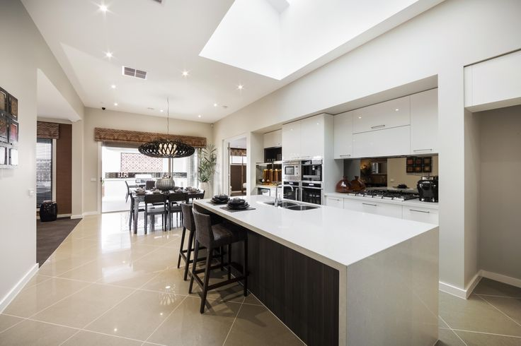 Riverview Kitchen - Simonds Homes #interiordesign