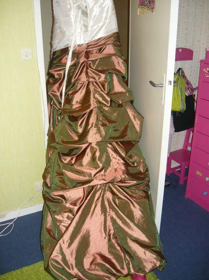 Robe de mariée neuve grande taille ivoire et chocolat