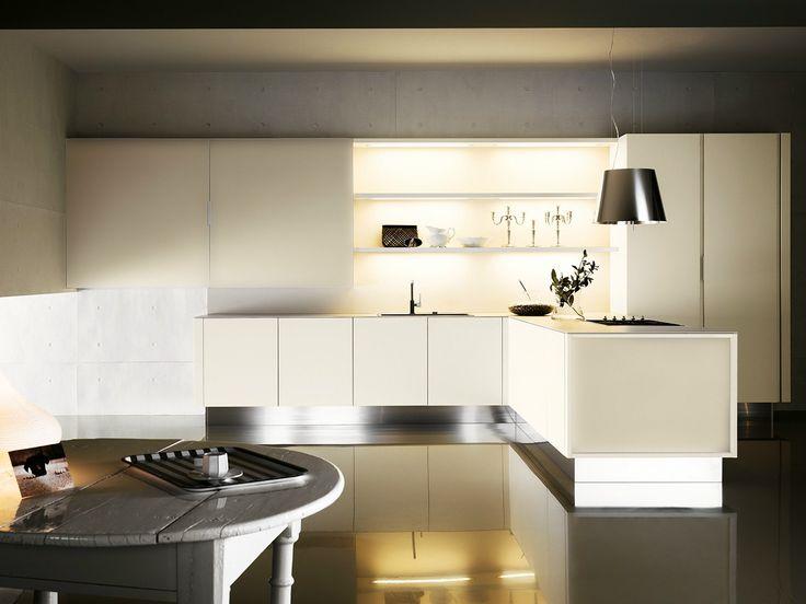 Lacquered Kitchen With Peninsula YARA 04 By Cesar Arredamenti Design Gian  Vittorio Plazzogna. Küche InterieurKüchenschränkeModell Moderne ...