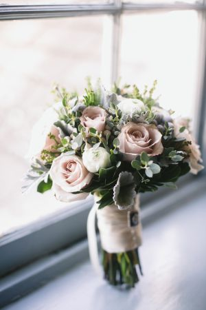 Pink Green Winter Bouquet | photography by http://www.lovemedophotography.com