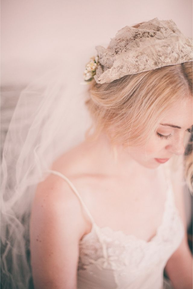 Lace crown / Vintage Wedding Veil Boudoir Shoot / Izzie Rae Photography